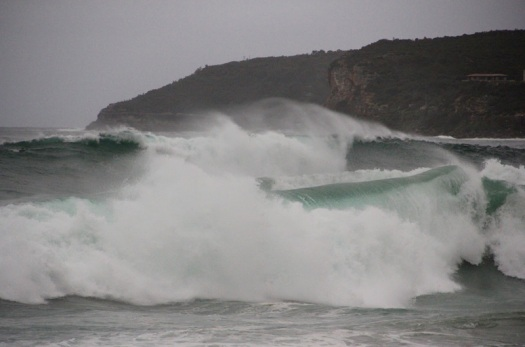 Big swell rolling in at Manly Beach